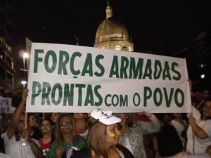 Imagem retirada do facebook na épocas das manifestações de Julho.